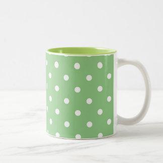 Taza verde del té del café del lunar de Apple
