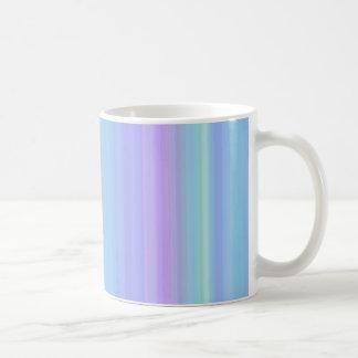 Taza verde púrpura azul en colores pastel de las