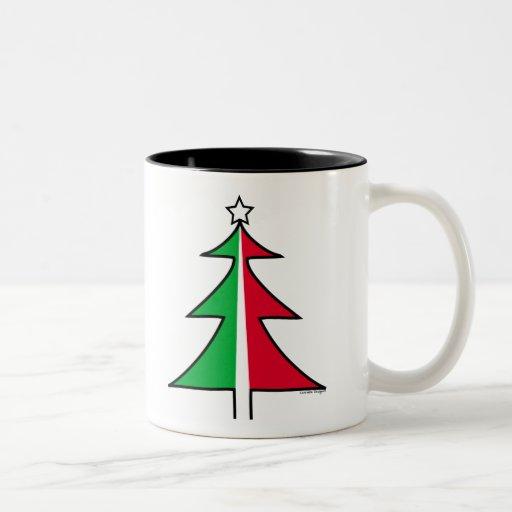 Taza verde roja del árbol de navidad