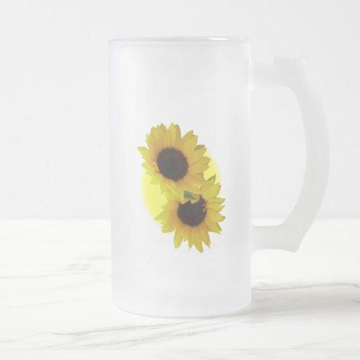 Tazas amarillas alegres del girasol de la taza de