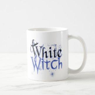 Tazas blancas de la bruja