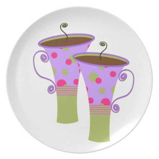 Tazas de café punteadas polca púrpura plato