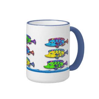 Tazas de café tropicales de los pescados 1