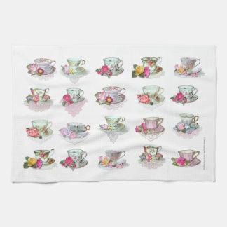 Tazas de té florales de los rosas rosados de las t toallas