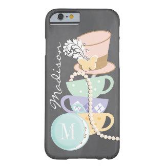 Tazas de té y gorra enojados del sombrerero del funda de iPhone 6 barely there