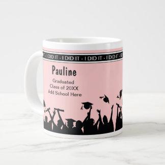 Tazas enormes de la celebración de la graduación d taza grande
