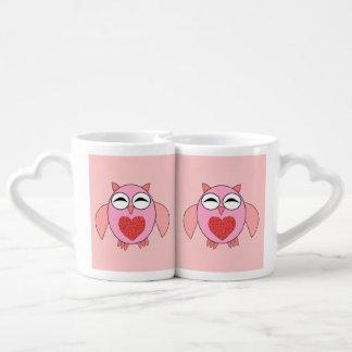 Tazas rosadas de los amantes del búho del corazón tazas para enamorados