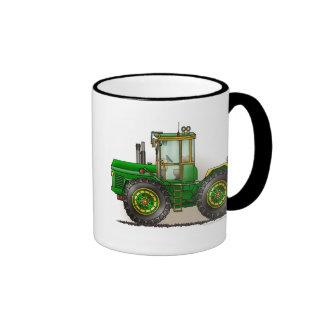 Tazas verdes del tractor del monstruo