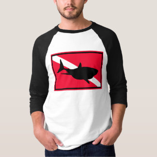 {TBA} La camiseta de los grandes del tiburón Camisas