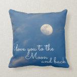 Te amo a la luna y a las almohadas de tiro trasera