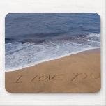 Te amo… amor de la playa tapete de ratón