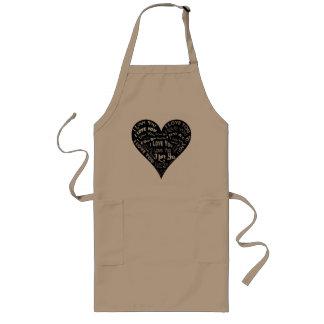 Te amo diseño del corazón para los bodas y los día delantal largo