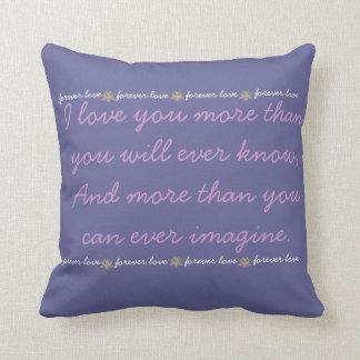 Te amo más almohada