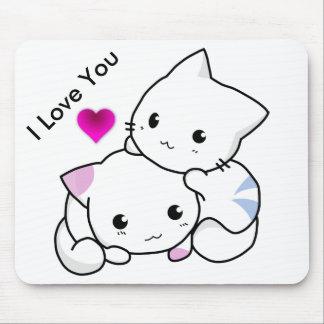 Te amo texto con 2 gatitos y corazón rosado alfombrilla de raton