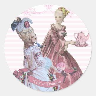 Té de Marie Antonieta en los sellos de Trianon Pegatina Redonda