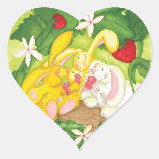 Té del conejito de la fresa pegatina del corazón