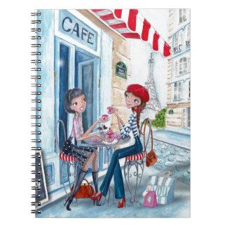 Té en cuaderno de los chicas el | de París