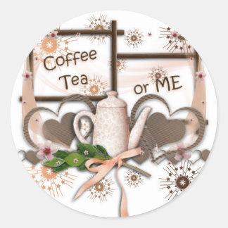 Té o yo del café pegatina redonda