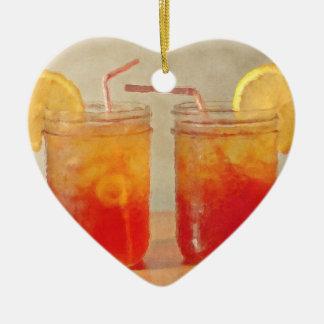 Té para dos tarros de albañil meridionales del adorno navideño de cerámica en forma de corazón