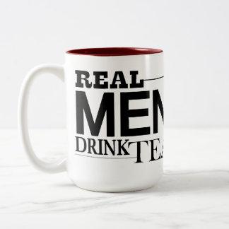 Té real de la bebida de los hombres taza dos tonos