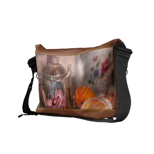 Tea Party - I would love to have some tea Messenger Bag
