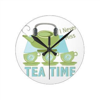 Tea Time Round Clock