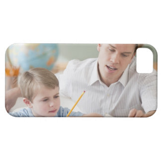 Teacher helping student with homework iPhone SE/5/5s case