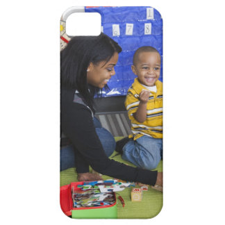 Teacher with toddler in daycare iPhone SE/5/5s case