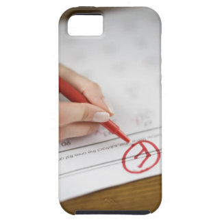 Teacher writing F grade on worksheet iPhone SE/5/5s Case