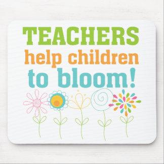 Teachers Help Children Bloom Mouse Pad