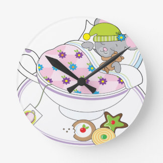 Teacup Mouse Round Clock