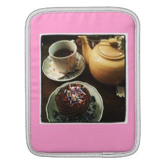 Teacup Tea-case iPad Sleeves