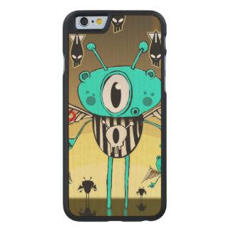 Team alien 2012 carved® maple iPhone 6 slim case