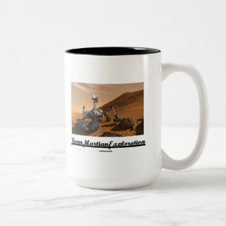 Team Martian Exploration (Curiosity Rover On Mars) Mugs