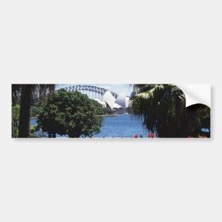 Teatro de la ópera blanco en el fondo, Sydney, Aus Pegatina De Parachoque