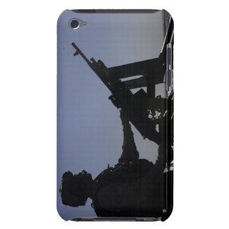 Technician manning an M240 machine gun in Iraq Case-Mate iPod Touch Case