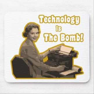 technology_is_the_bomb tapetes de raton