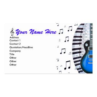 Teclado de piano de la guitarra y tarjeta de visit tarjeta personal
