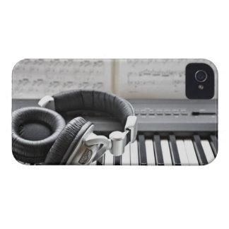 Teclado de piano eléctrico iPhone 4 coberturas
