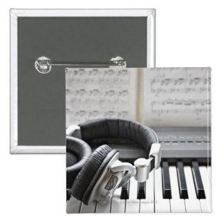 Teclado de piano eléctrico pins