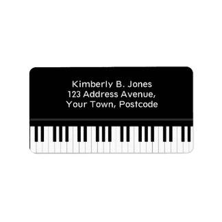 Teclado de piano etiquetas de dirección
