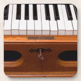 Teclado del órgano posavaso
