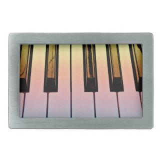 teclado eléctrico con la capa del arco iris hebillas de cinturón rectangulares