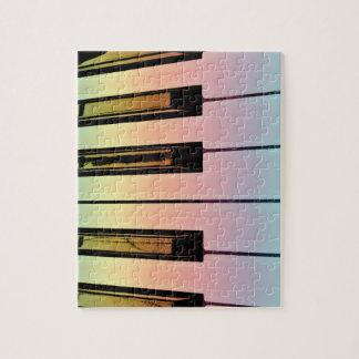 teclado eléctrico con la capa del arco iris puzzles con fotos