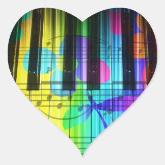 Teclado y flores eléctricos psicodélicos de piano pegatina en forma de corazón
