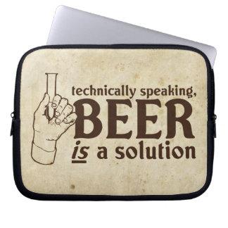 Técnicamente hablando, la cerveza es una solución mangas computadora