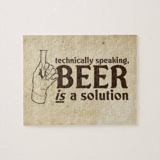 Técnicamente hablando, la cerveza es una solución rompecabezas con fotos