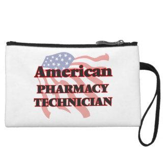 Técnico americano de la farmacia