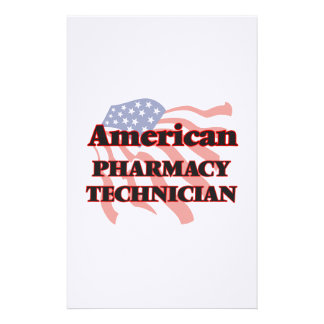 Técnico americano de la farmacia  papeleria