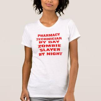 Técnico de la farmacia del asesino del zombi del playera